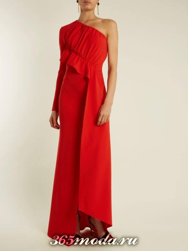 c чем носить коралловое асимметричное макси платье с оборкой