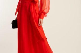коралловое макси платье с пышными прозрачными рукавами