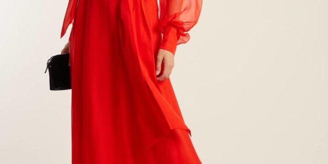 С чем носить коралловое платье и что надевать? Фото