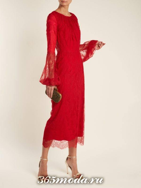 c чем носить коралловое кружевное миди платье