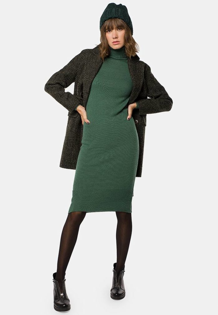 зеленое платье футляр осень-зима