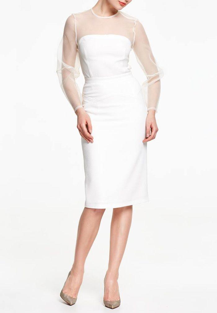 белое платье футляр с прозрачными рукавами осень-зима