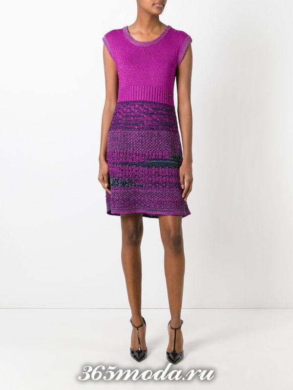 вязаное фиолетовое платье без рукавов осень-зима