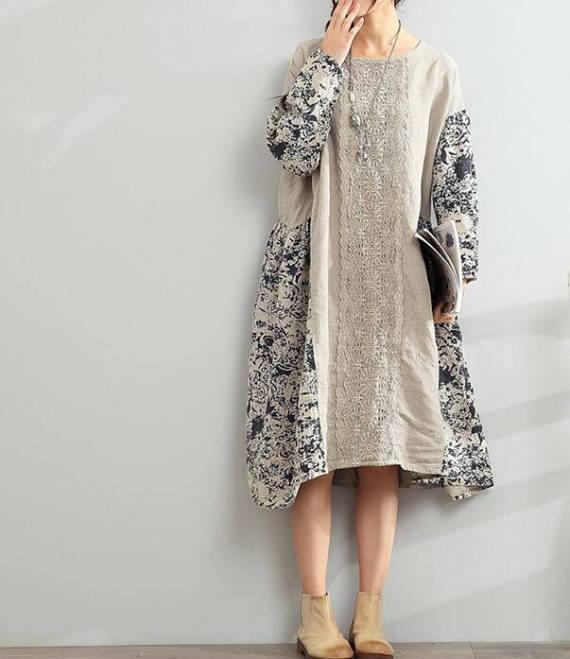 бежевое платье оверсайз с узором осень-зима