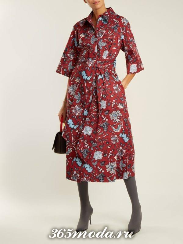 бордовое платье миди с цветочным принтом осень-зима