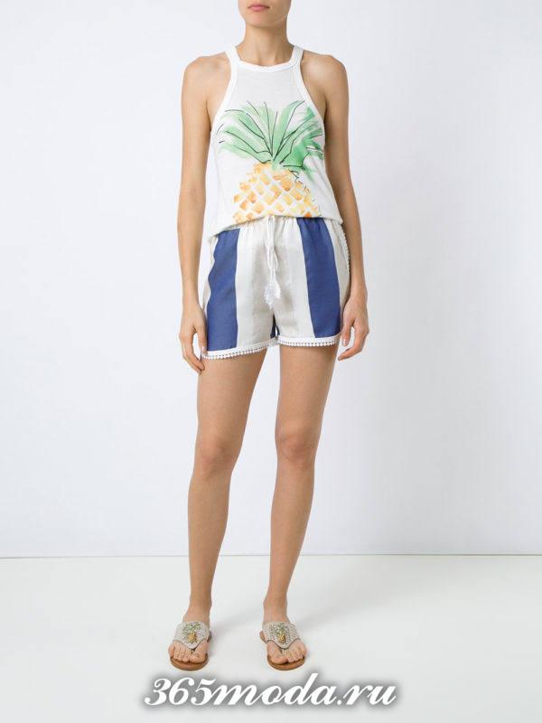 пляжные короткие шорты с полосками