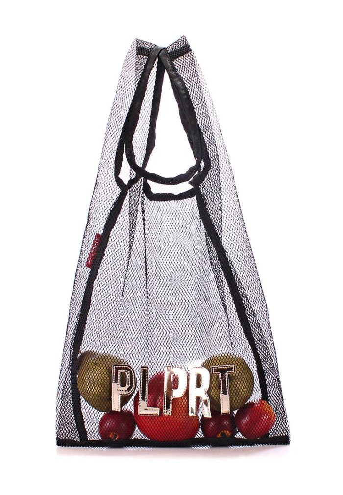 пляжная черная сумка из сетки