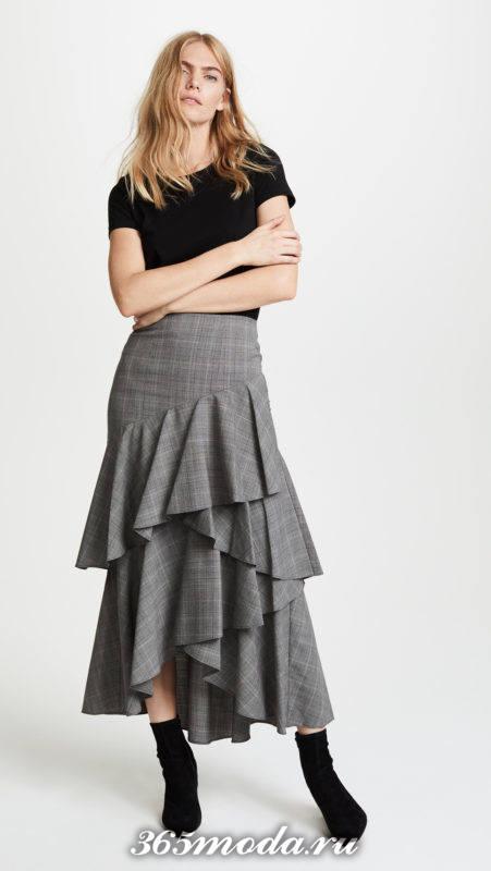 с чем носить серую многослойную юбка миди