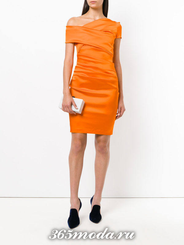 новогоднее оранжевое мини платье