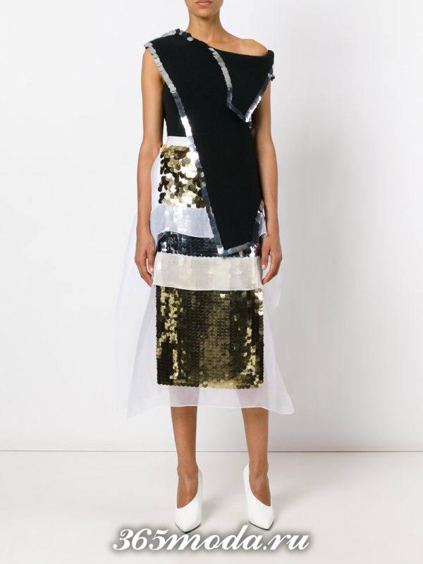 новогодняя золотая блестящая юбка миди с асимметричным топом