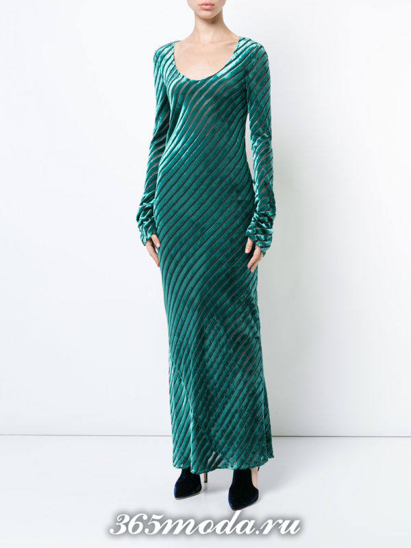 новогоднее зеленое бархатное платье макси
