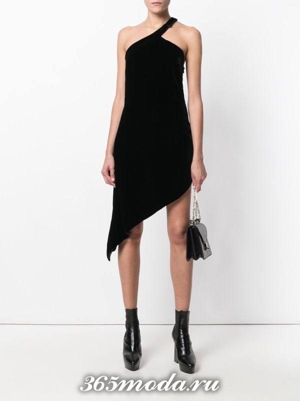 новогоднее черное бархатное асимметричное платье