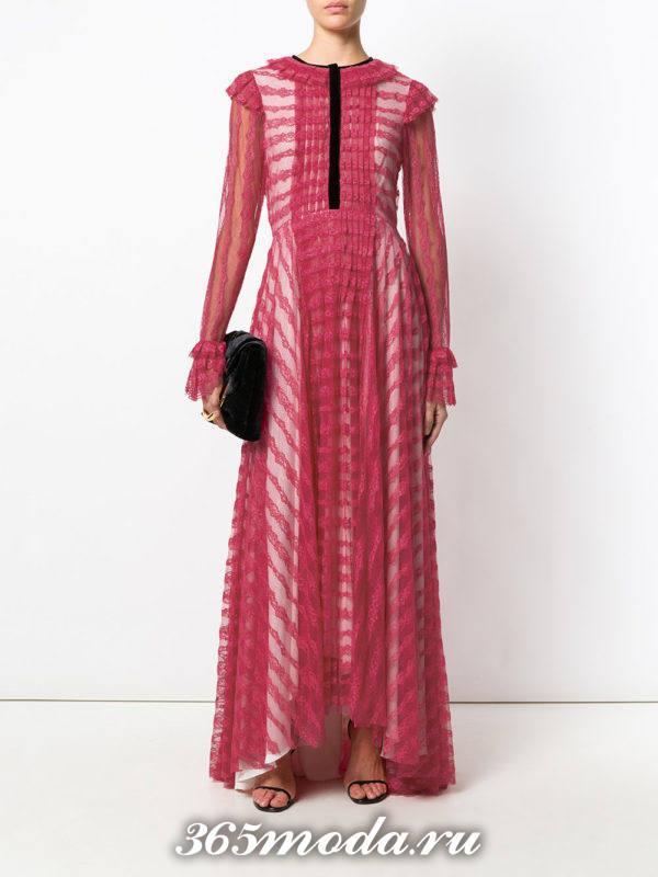 новогоднее пурпурное кружевное платье макси