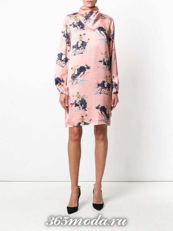 антиновогоднее платье с животным принтом