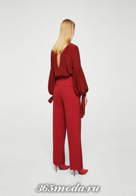 новогодний красный комплект из брюк и блузы