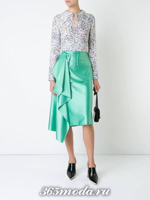 новогодняя шелковая бирюзовая юбка с декором с блузкой