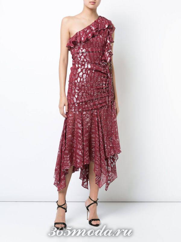 асимметричное платье марсала