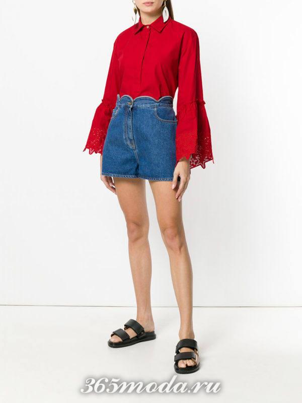 блуза цвета марсала с кружевом на рукавах
