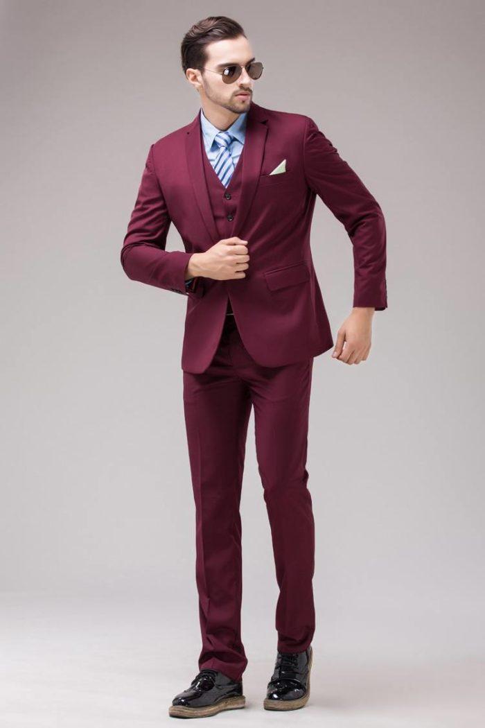 мужской брючный костюм марсала