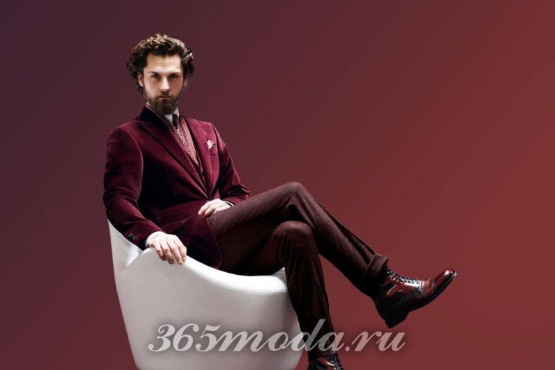 мужской костюм с бархатным пиджаком цвета марсала