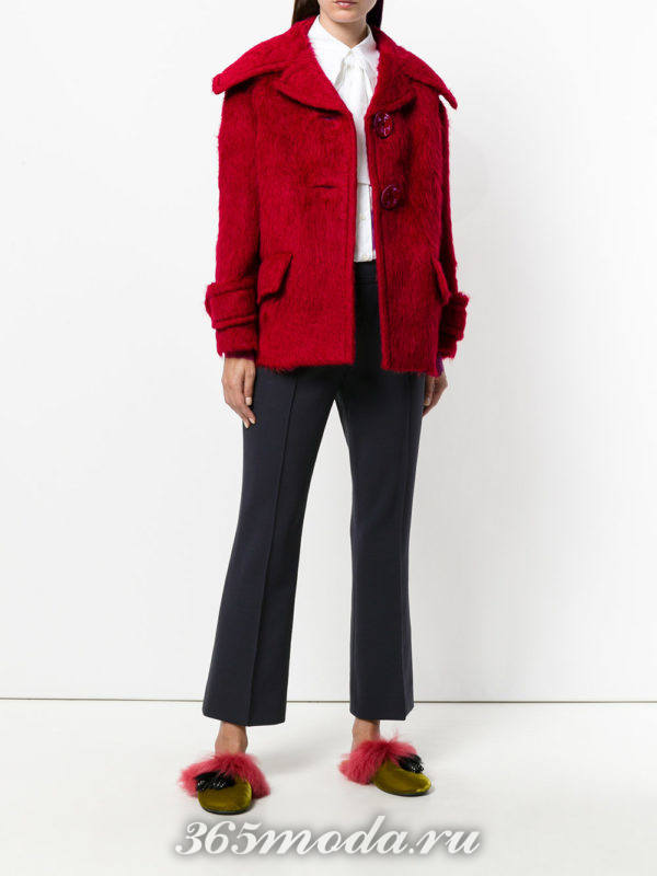 короткое пальто марсала с карманами