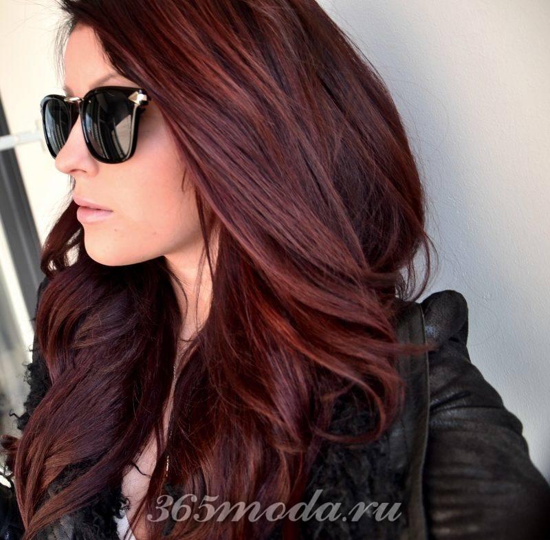 волосы оттенка марсала