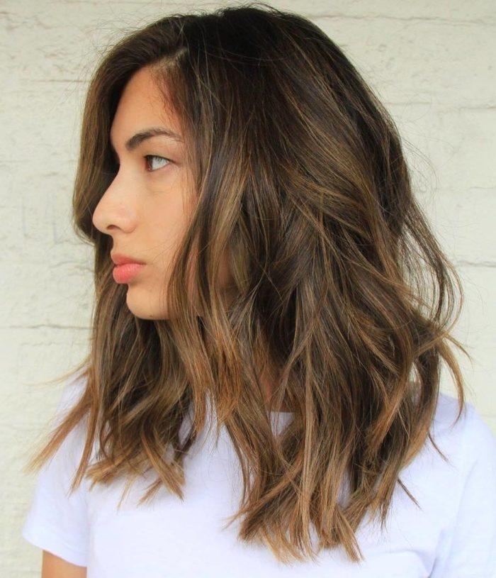 Легкая прическа на средние волосы