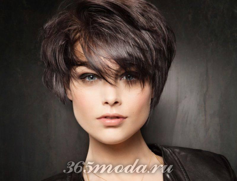женские стрижки на короткие волосы 2019-2020 после 40 лет