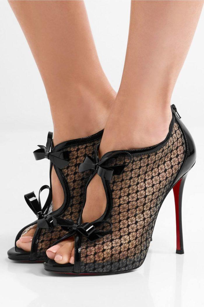 туфли лабутены: прозрачные на шпильке с бантиками