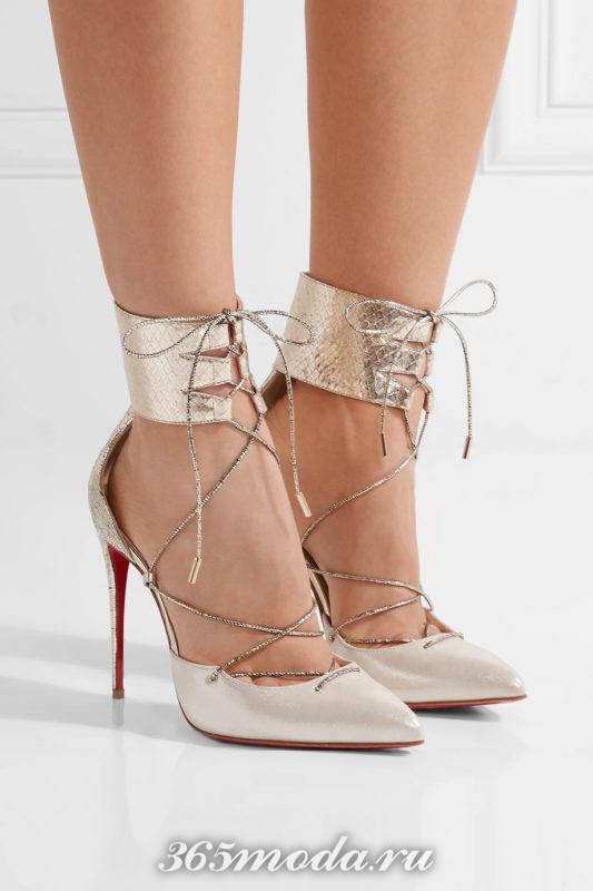 блестящие туфли на шпильке со шнуровкой