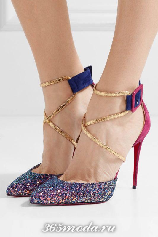 разноцветные туфли на шпильке с переплетом