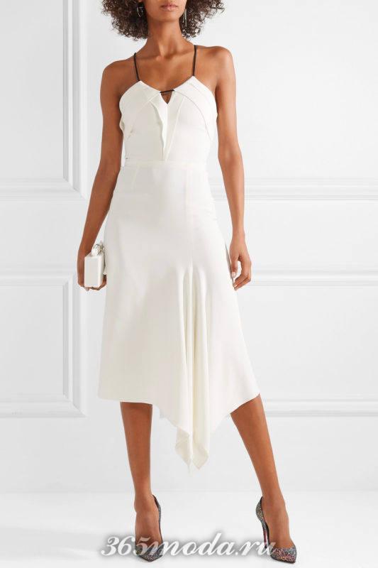 блестящие лабутены с асимметричным платьем