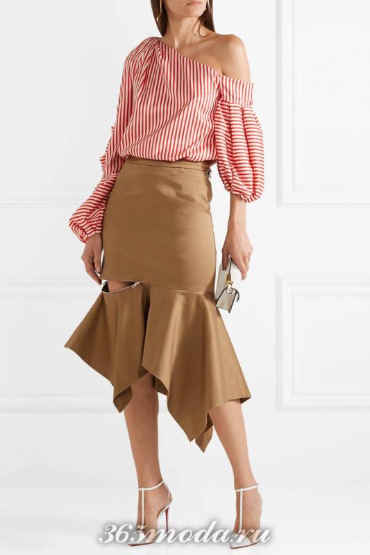 полупрозрачные лабутены на шпильке с юбкой и блузой