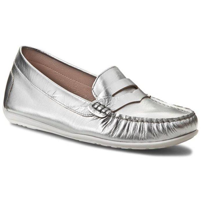 женская обувь весна лето: серебристые мокасины