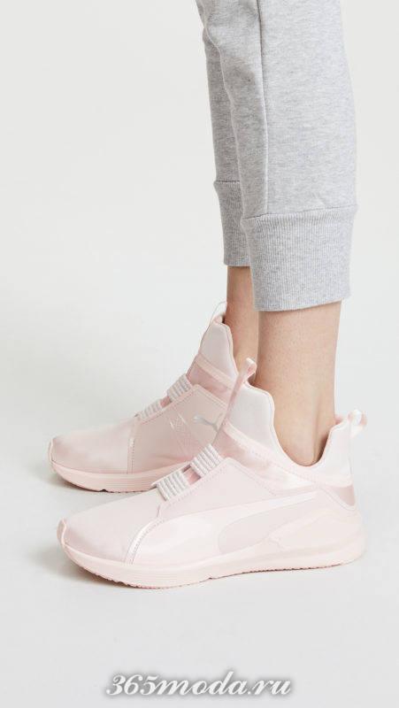 розовые высокие кроссовки