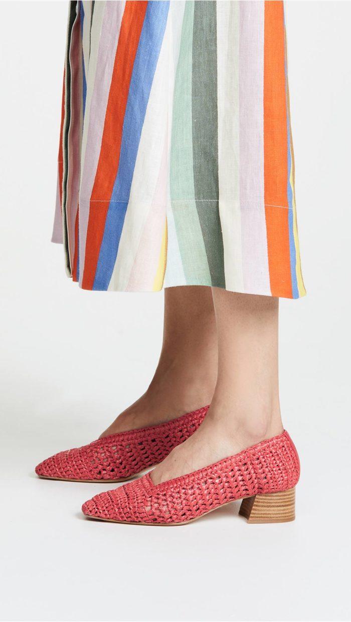 женская обувь весна лето: ажурные туфли на средних каблуках