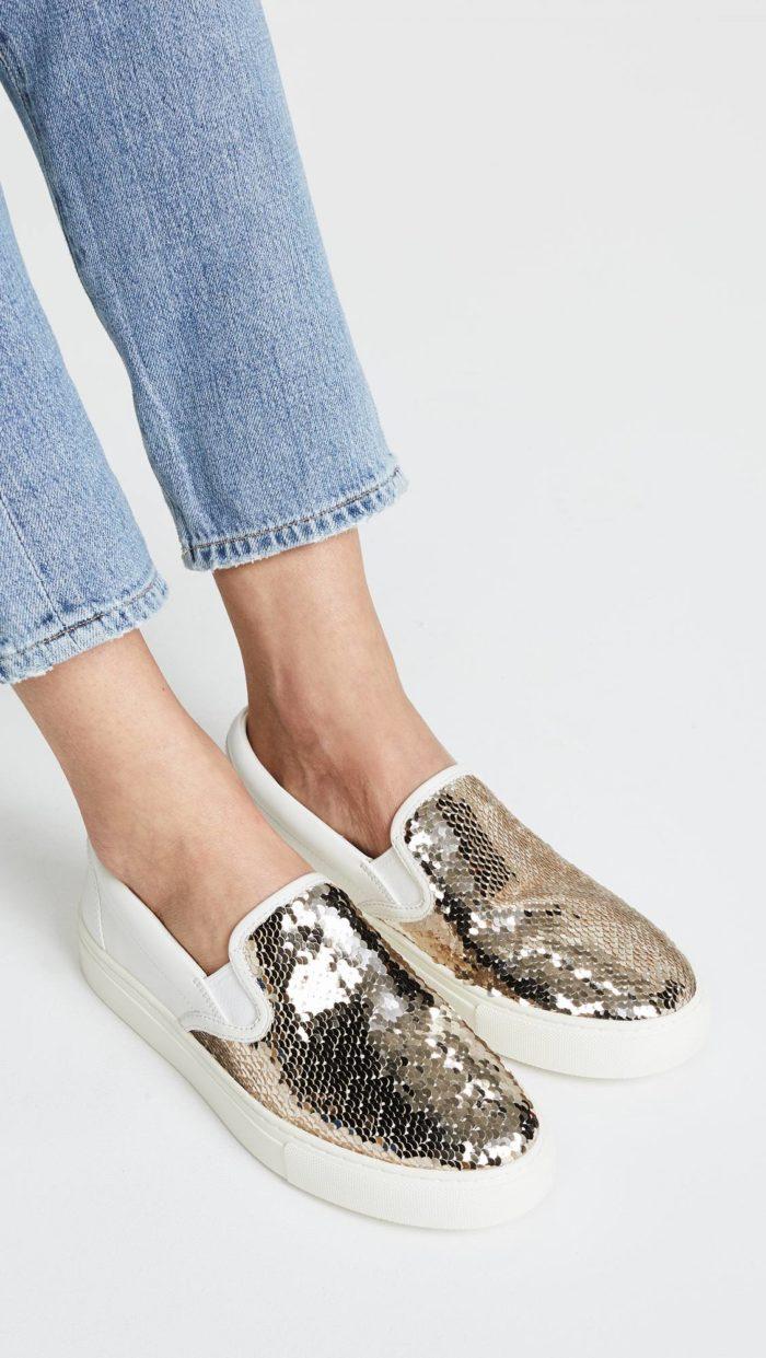 женская обувь весна лето: слипоны с пайетками