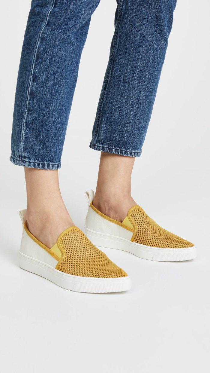 женская обувь весна лето: желтые слипоны