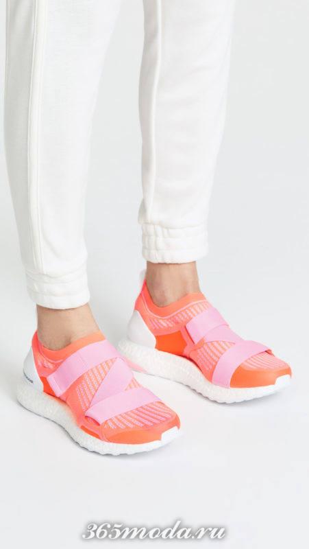 коралловые кроссовки на липучках