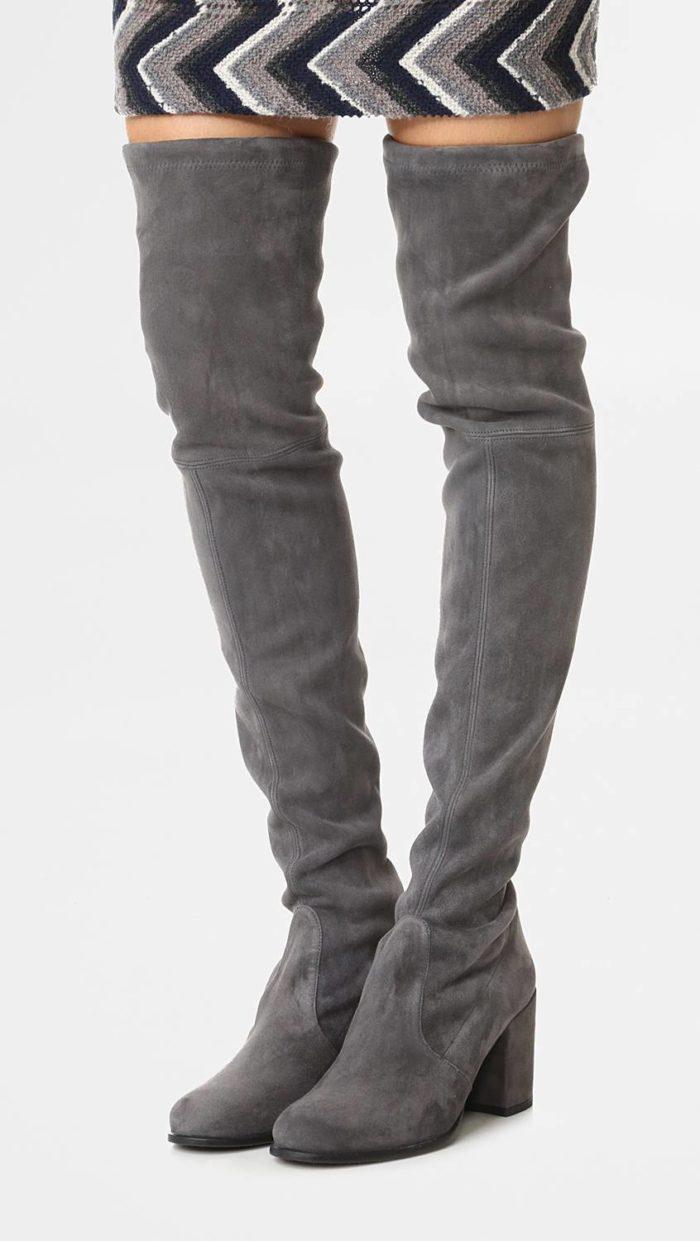 модная женская обувь весна лето: серые ботфорты-чулки на каблуках