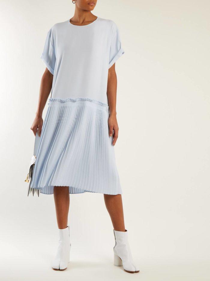 голубое платье плиссе