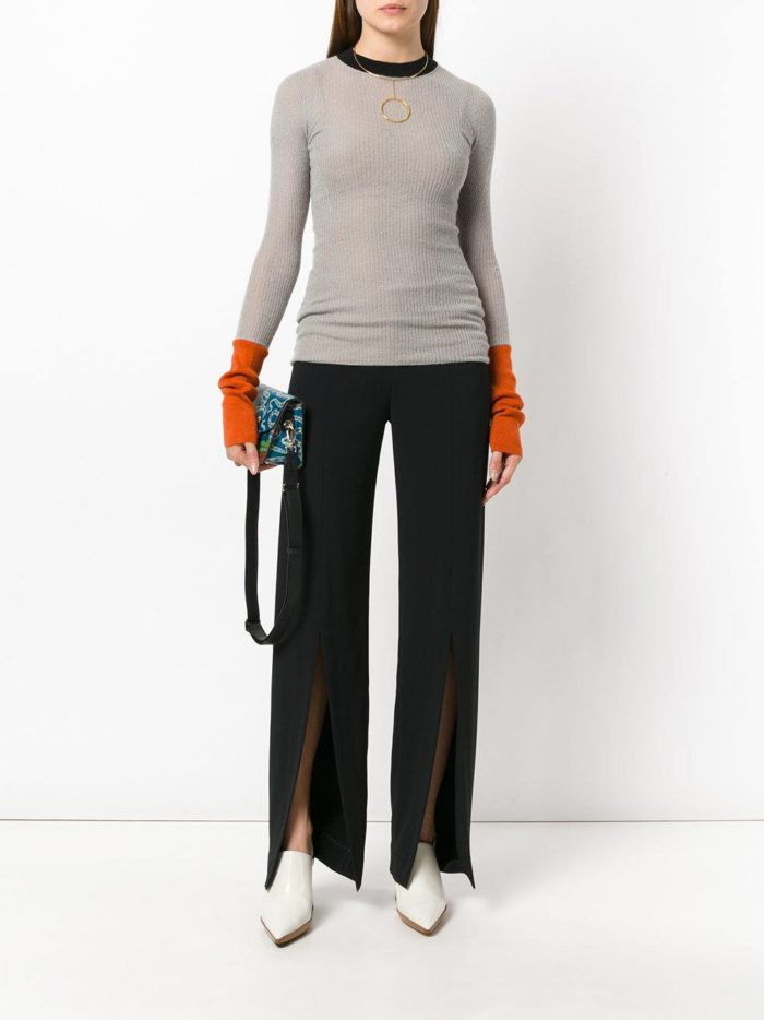 Модные цвета осень-зима 2019-2020: брюки с разрезами и реглан