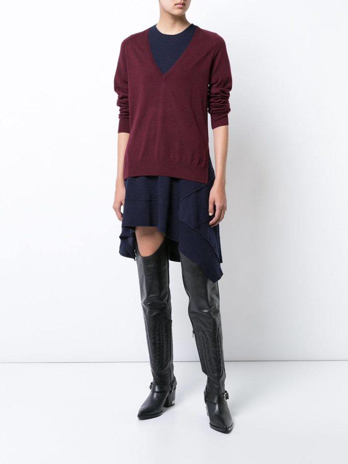 Модные цвета осень-зима 2019-2020: свитер и асимметричная юбка