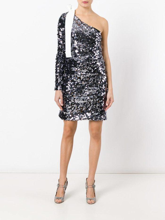 блестящее мини платье на одно плечо
