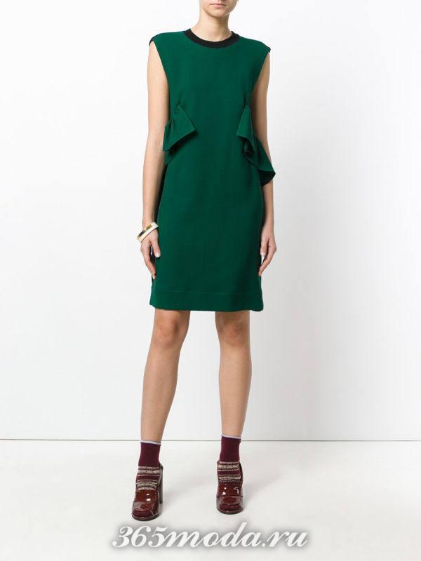 зеленое платье с оборками