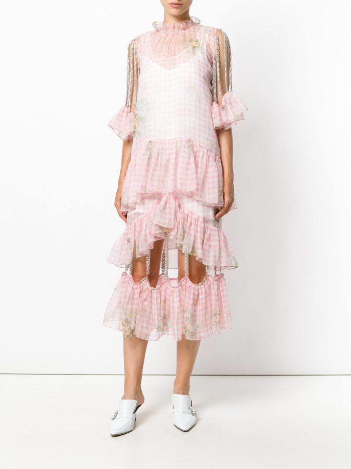 многослойное розовое платье