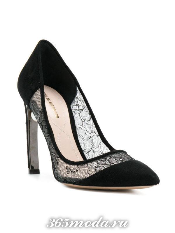туфли с прозрачными вставками на каблуках