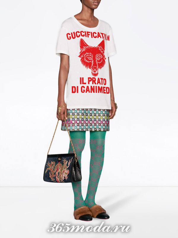 футболка с рисунком и мини юбка весна лето