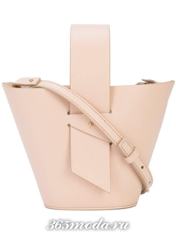 розовая сумка на ремешке весна лето