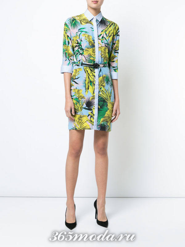 платье-рубашка с укороченными рукавами и принтом
